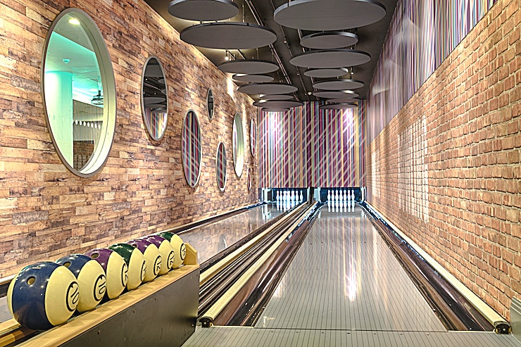 Bowling Alley **Want a fun night out with your team? Hire this Shoreditch Bowling Alley at the Courthouse Hotel for one of the best options for venue hire London has to offer.** 