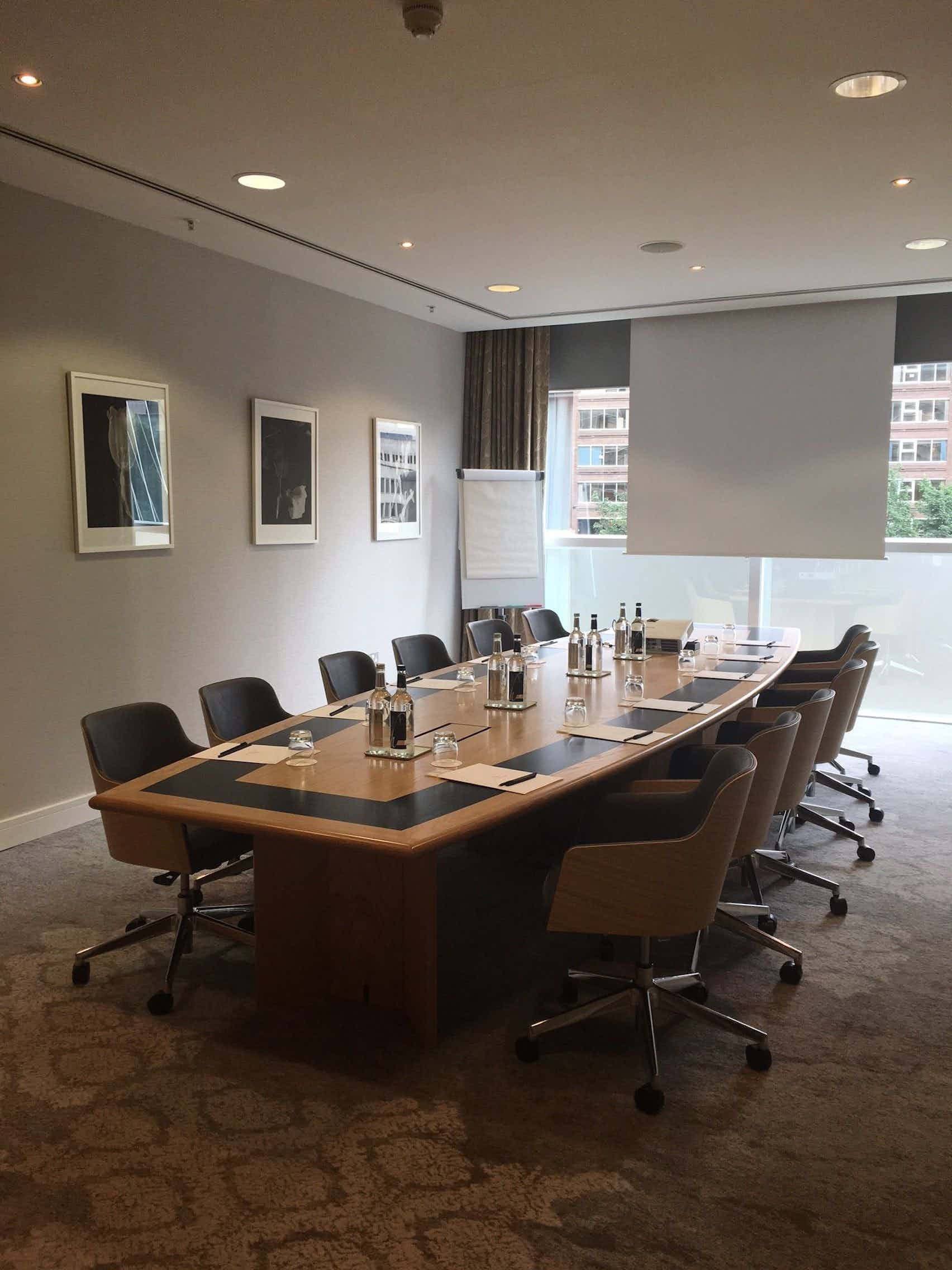 Boardroom, The Lowry Hotel