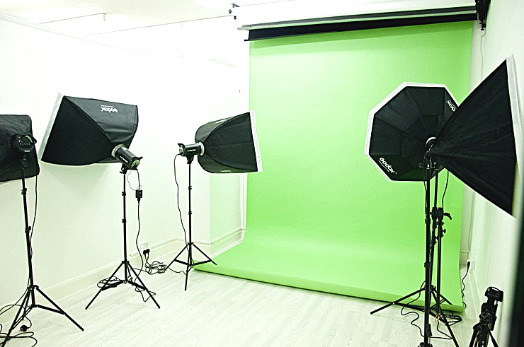 Stylish Studios N17 Stylish Studios offer affordable Photogragraphy Studios in North London. Based in Tottenham Hale, this Stylish Studios is a full-service photo studio rental space in Tottenham Hale, London, offering hourly and daily rentals with equipment included. We provide reliable service and quality studio space at a great value, flexible to your needs. We've worked with clients of all sizes and from all industries, with both new and experienced photographers.  highlights:  * Modern Studio Space * Profoto lighting kits, umbrellas, softboxes, and more equipment included, + additional equipment available for rent * conveniently located, right near Tottenham Hale Underground * rentals available any time: early mornings, nights, and weekends