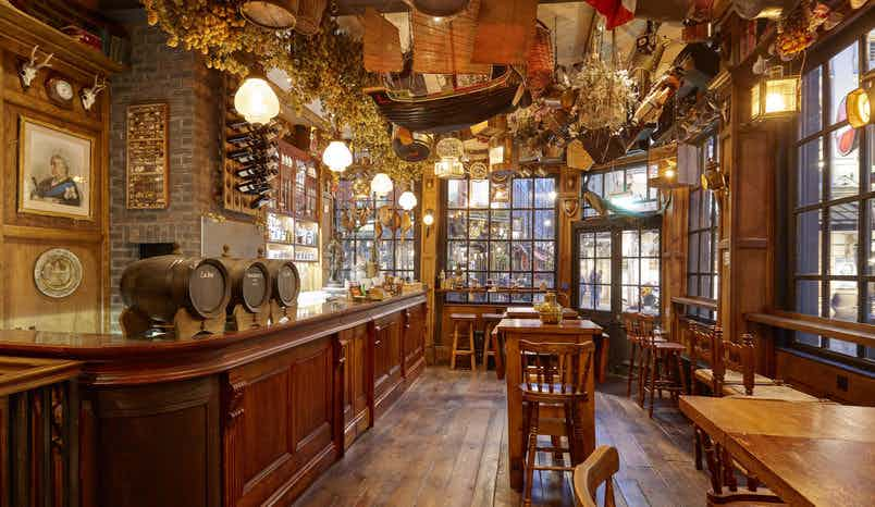Whole Venue, Mr Fogg's Tavern