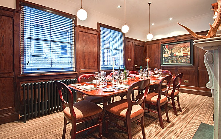 The Boardroom  **Hire The Boardroom at The Hat and Tun in Farringdon, for one of the best options for meeting room hire London has to offer.** 