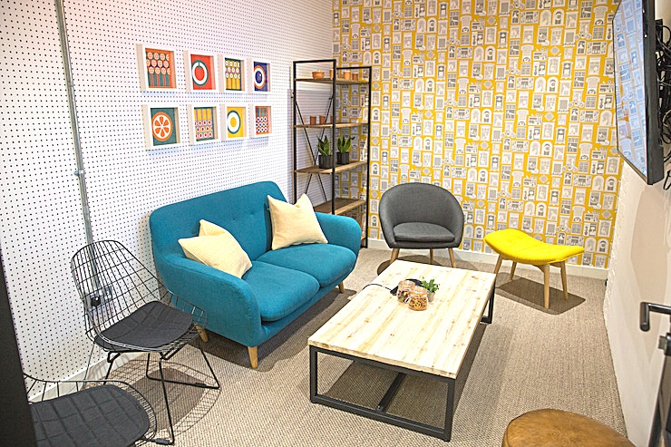 Borough Market **Hire the Borough Market Room at Work.Life Bermondsey for your next London meeting room hire.**  More like your living room more than your typical meeting room Borough is the perfect Space to have a