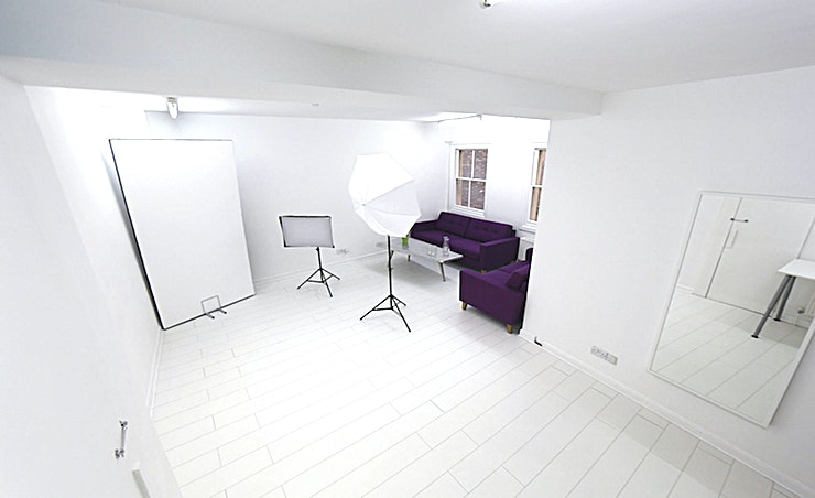 Studio 1 The studio specialises in Damp & Dry Hire. Whether you need the space for a photographic casting or to cast your next film please get in touch & one of our friendly Redbrick staff will be able to guide you on options and prices.