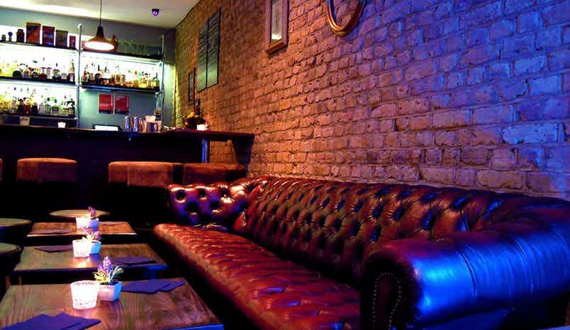 Bar / Live Music / Events , Dutch Courage