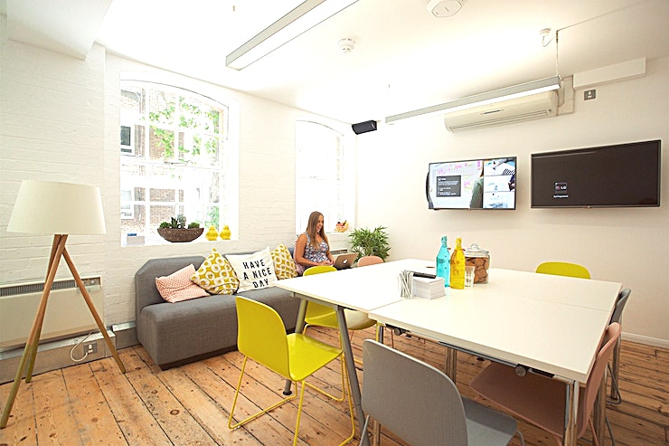 The Lounge A bright and airy boardroom-style meeting room, floor to ceiling whiteboard, HD screens with comfortable sofas and tea-making facilities.