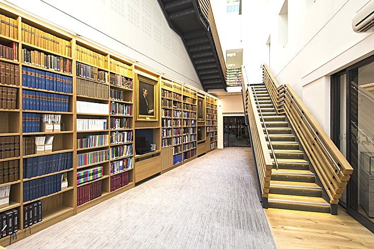 Library With a dramatic atrium staircase at its heart, this is a memorable venue for your evening drinks receptions. One of the finest pharmacy collections and libraries in Europe, dating back over 700 years.