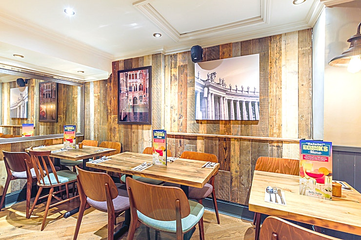 Bella Italia Shaftesbury Avenue For those smaller meetings & team outings, our bright and colourful Teatro Snug, slightly tucked away from the main restaurant is the perfect spot.
