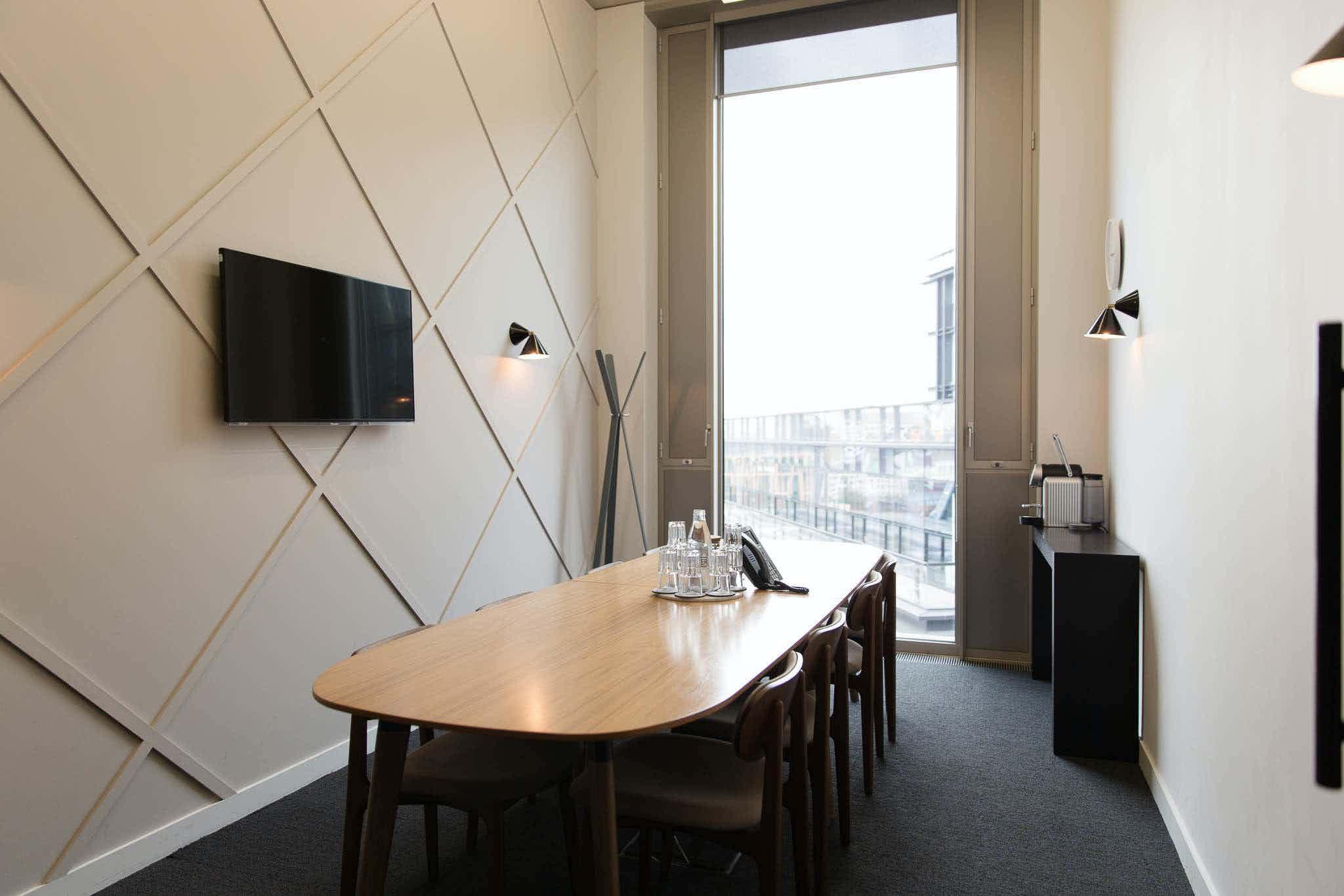 Meeting Room 4, TOG, Gridiron