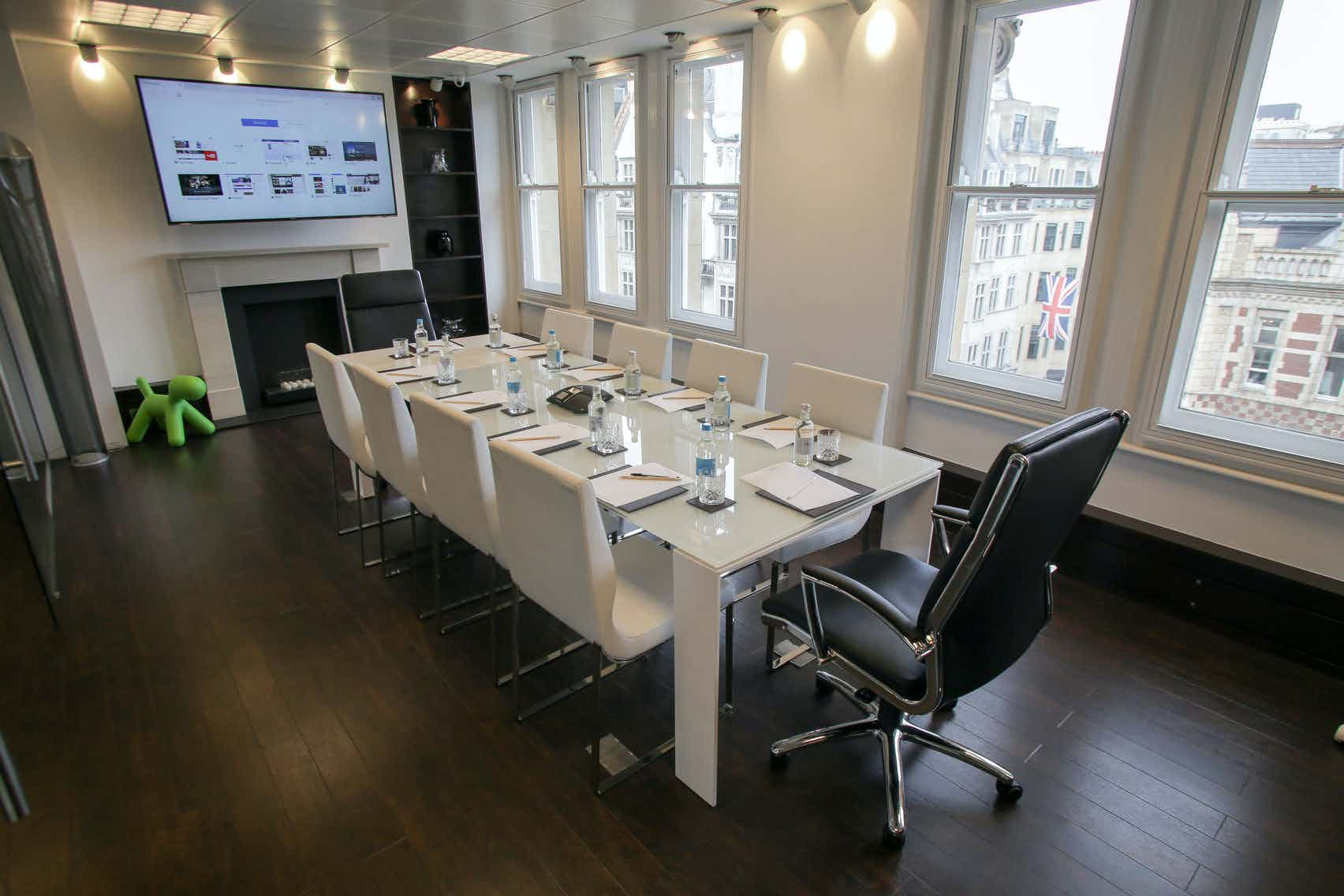 Mayfair Boardroom, Piccadilly Chambers