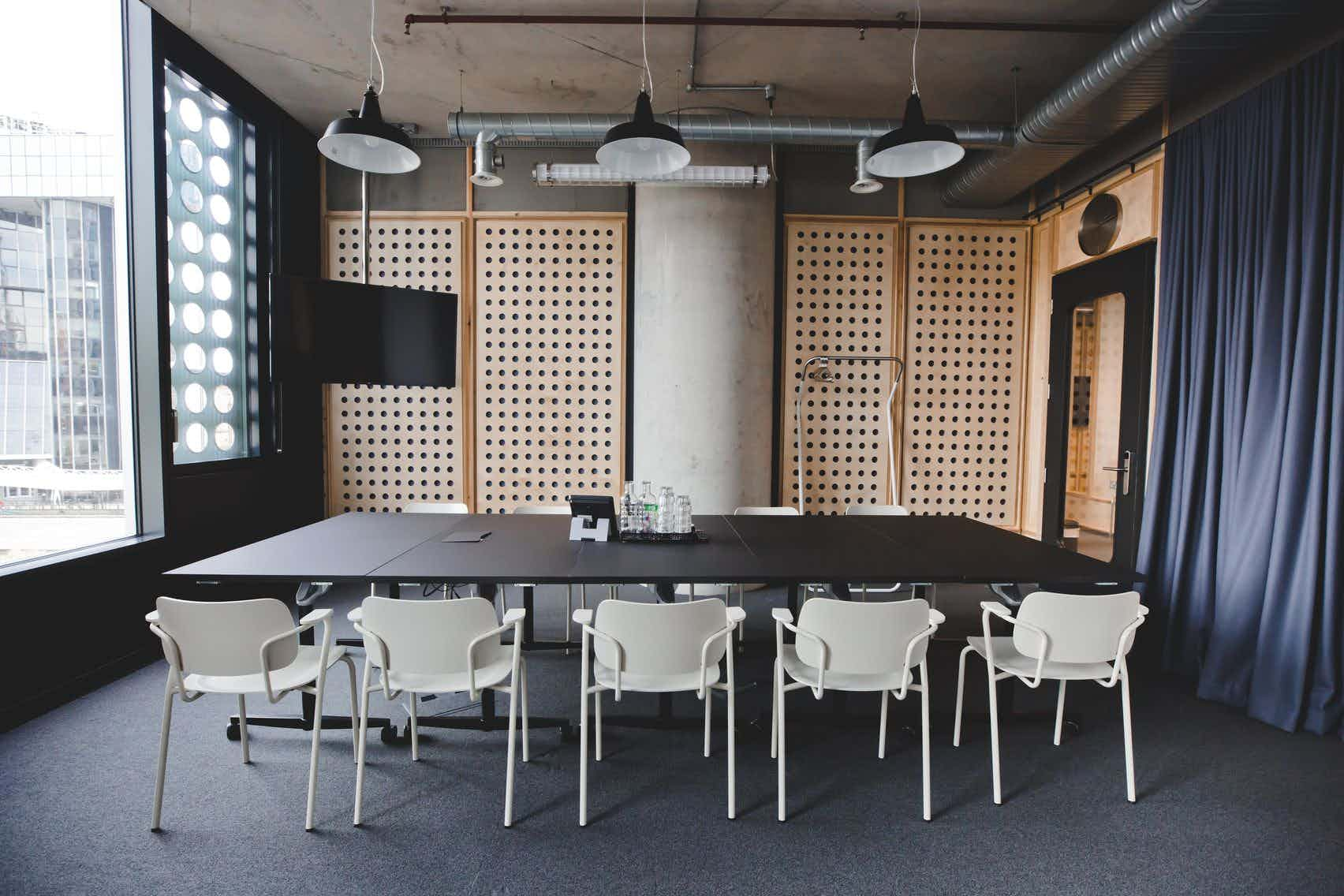 Meeting Room 6, TOG, White Collar Factory