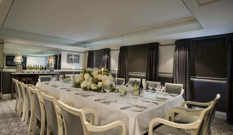 Bloomsbury Suite, Montague on the Gardens Hotel