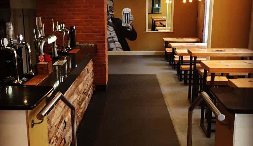 Ground Floor Bar, Thorp17