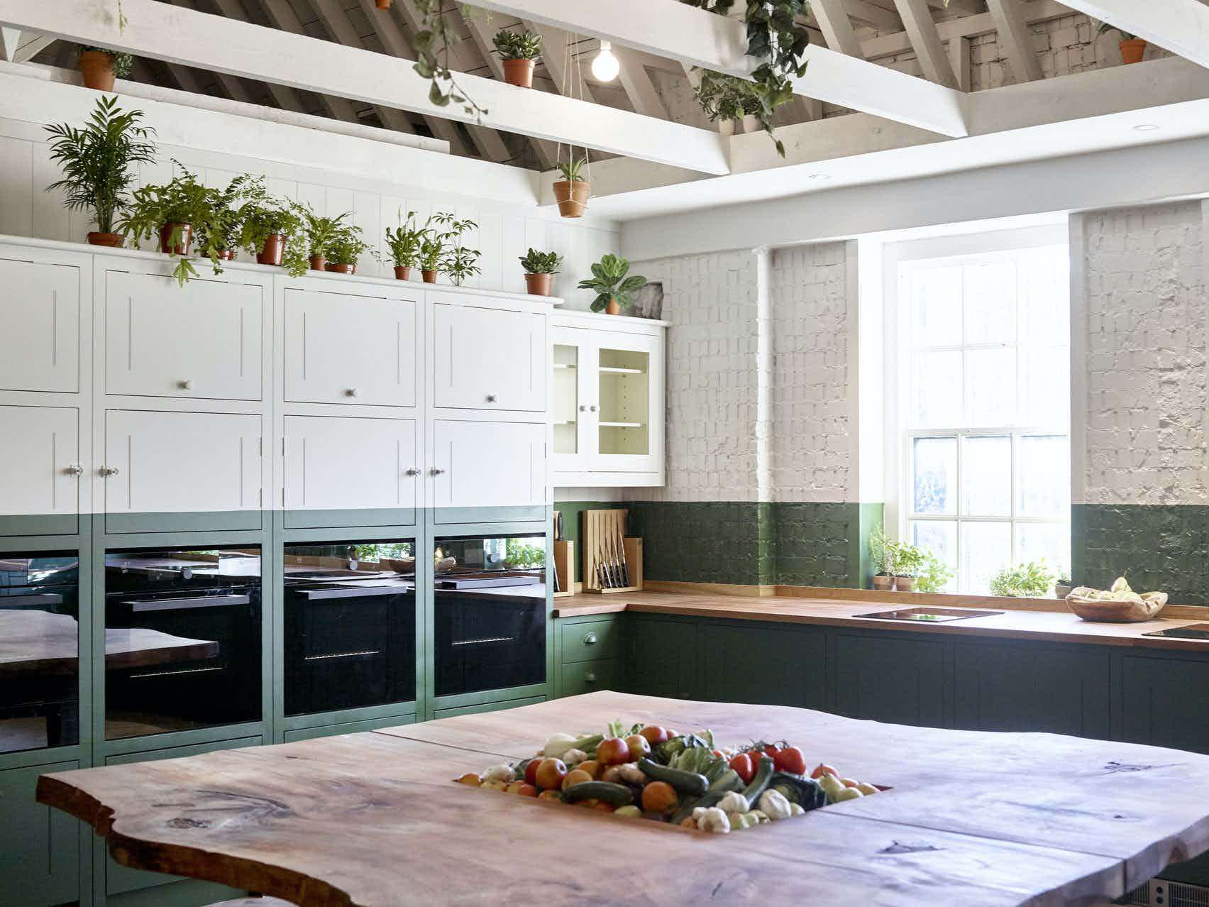 B&H Kitchen, Bourne & Hollingsworth Buildings