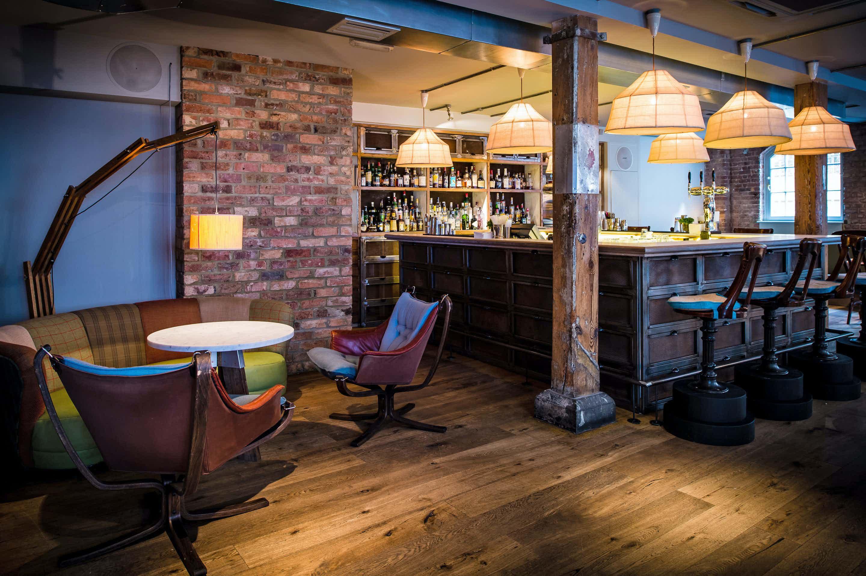 Lounge Bar, Loyal Tavern