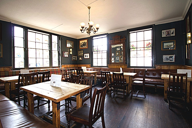 Wadham Room **The Wadman Room is one of the best options for venue hire Oxford has to offer at the Kings Arm pub.** 