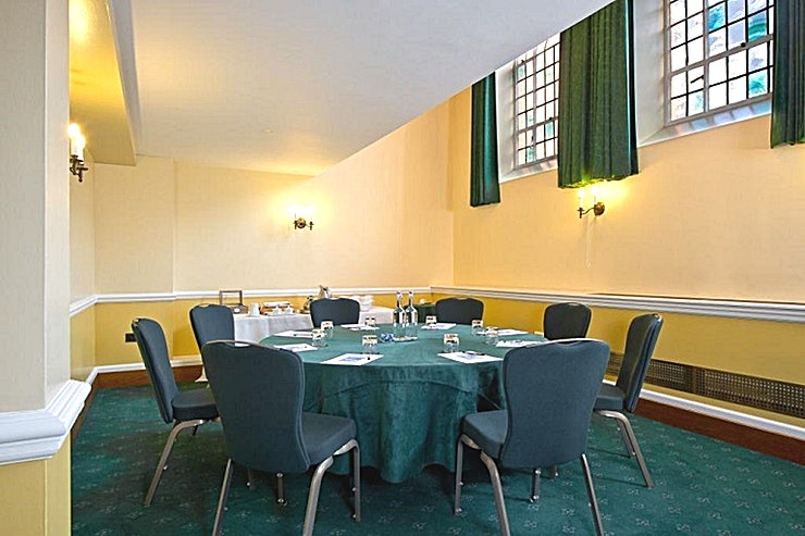 Bishop's Robing Room **Hire the Bishop's Robing Room at the Church House in Westminster for your meeting room hire in London.**