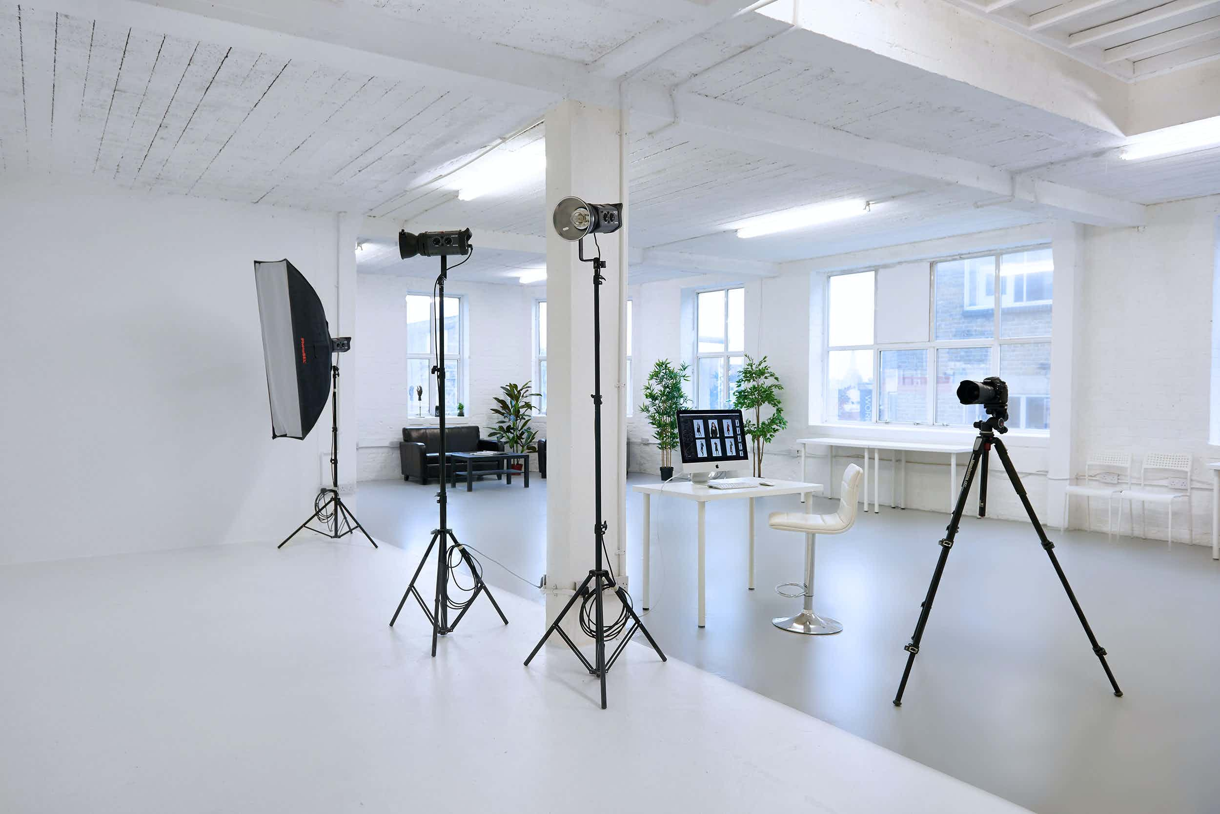 Day Light Photography Studio and Infinity Cove, Glassmint Studio