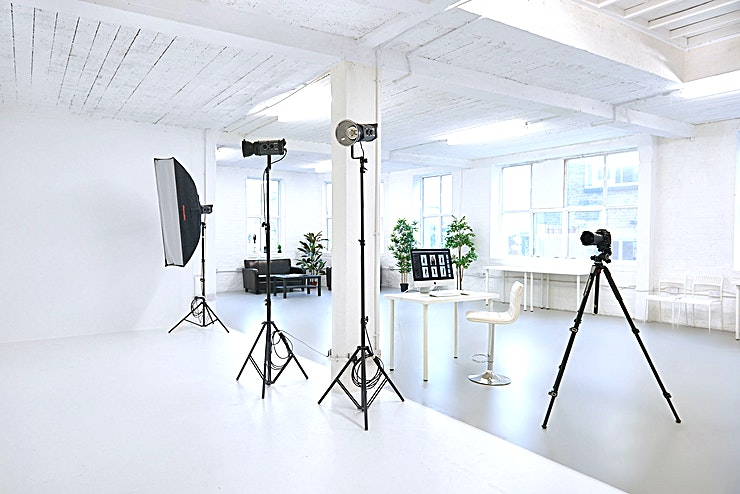Day Light Photography Studio and Infinity Cove **Hire the Day Light Photography Studio and Cove at the Glassmint Studio for one of the best options for studio hire London has to offer!**   Our 3000' photography studio at Glassmint is run by trained photography professionals and technical specialists in the heart of East London. We provide creative and affordable studio rental spaces and equipment offering everything you need, to bring to life your creative imagery.  Our infinity coves provide you with a seamless photography.   The studio has large warehouse windows on 3 sides, so each shooting area also benefits from an abundance of natural light. There is also a great stairwell and roof space to shoot on. We have a wide range of colourama backdrops that are charged per meter so please check if we have the colour you're looking for in stock.   Each studio space comes with it's own area for makeup & styling for added comfort. We provide a clothing rail with hangers and steamer. You will also have access to a shared kitchen area with tea, coffee. As we are a working production studio, we have a wide range of lighting equipment, reflectors, free-standing backdrops, wind machines ready to use. We want you to be in a space that's creative, fun and inspires you to produce amazing imagery.  You can hire our studio spaces for half a day at £300 and a full day at £500.   If you require postproduction we have a team of in house retouchers who will be more than happy to help you create that perfect refined look. There is on street parking or parking in the church opposite if available.