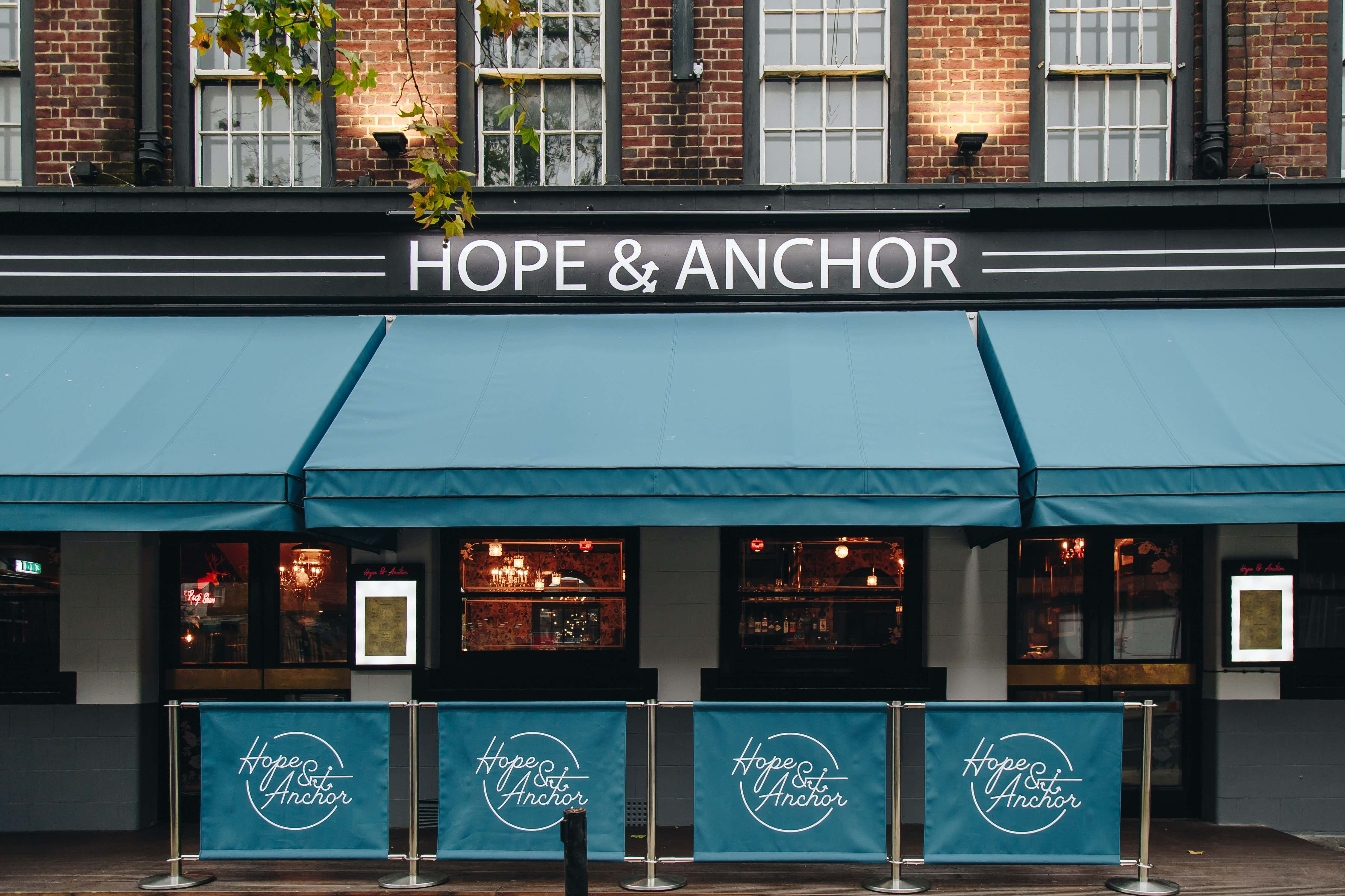 Whole Venue, Hope and Anchor