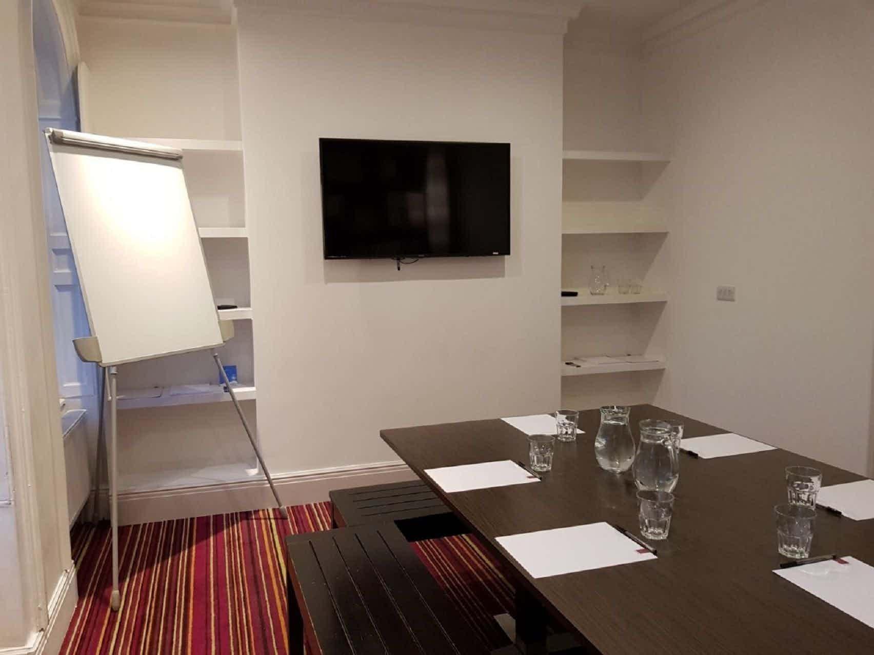 Meeting Room, Safestay Elephant & Castle