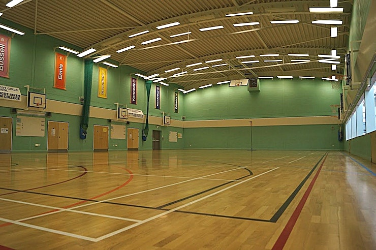 Sport's Hall **Hire the Sport's Hall at the Didcot Girls' School for one of the best options for venue hire!**   Didcot Girls' School is situated in Manor Crescent, Didcot and offers a wide variety of facilities including an impressive, modern sports hall, a large main hall with stage, and a drama studio with a brand new sprung floor.   Didcot Girls' School is also the home to an extremely large and modern sports hall to hire. This unique and diverse facility comes with pre‐marked courts for basketball, football, netball and badminton. It also has ceiling mounted basketball hoops for a full size court and for 4 small courts. The hall floor is laminated and is kept to a high standard. In addition to this, the sports hall also has adjoining changing facilities with showers and an observation area for spectators.  This is the perfect option for an active team away day, product launch or networking event with a twist!