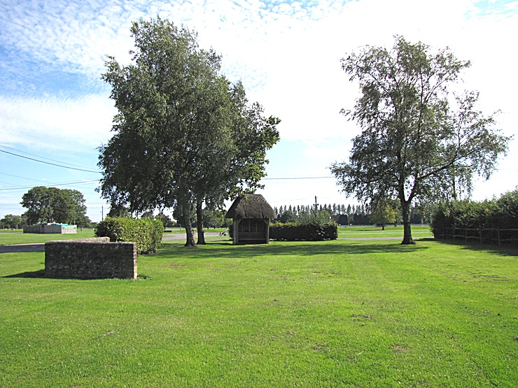 150 Acres of Grounds **Hire the 150  Acres of Grounds at the South of England Event Centre for one of the best summer party venues you can find! 
