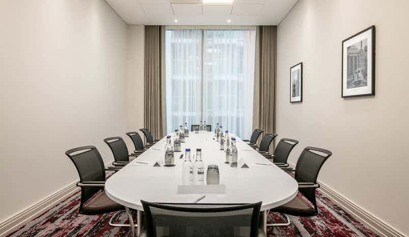 Manhattan Suite, Crowne Plaza London Docklands