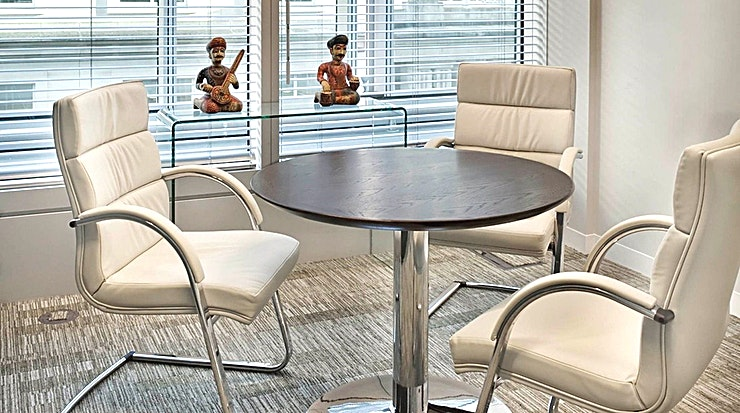 Interview Rooms **Need an interview room in London? Welcome to Landmark at Old Broad Street.**   125 Old Broad Street provides high levels of natural light and unrivalled amenities. Landmark Serviced Office Centre