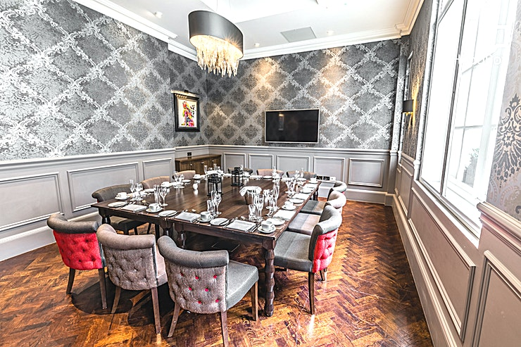 Private Dining Room **Wine and dine your Guests in true style this year with the Private Dining Room at The Courthouse Hotel in Shoreditch.**   The Courthouse Hotel Shoreditch is located in the heart of Shoreditch, sur