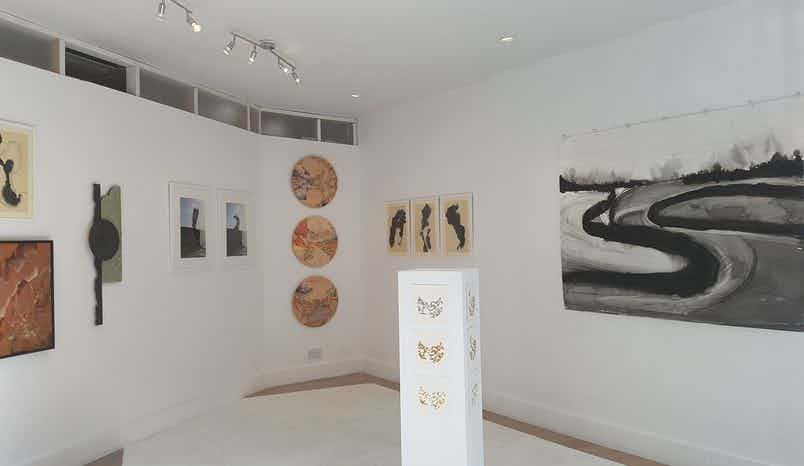 Gallery, A-side B-side Gallery