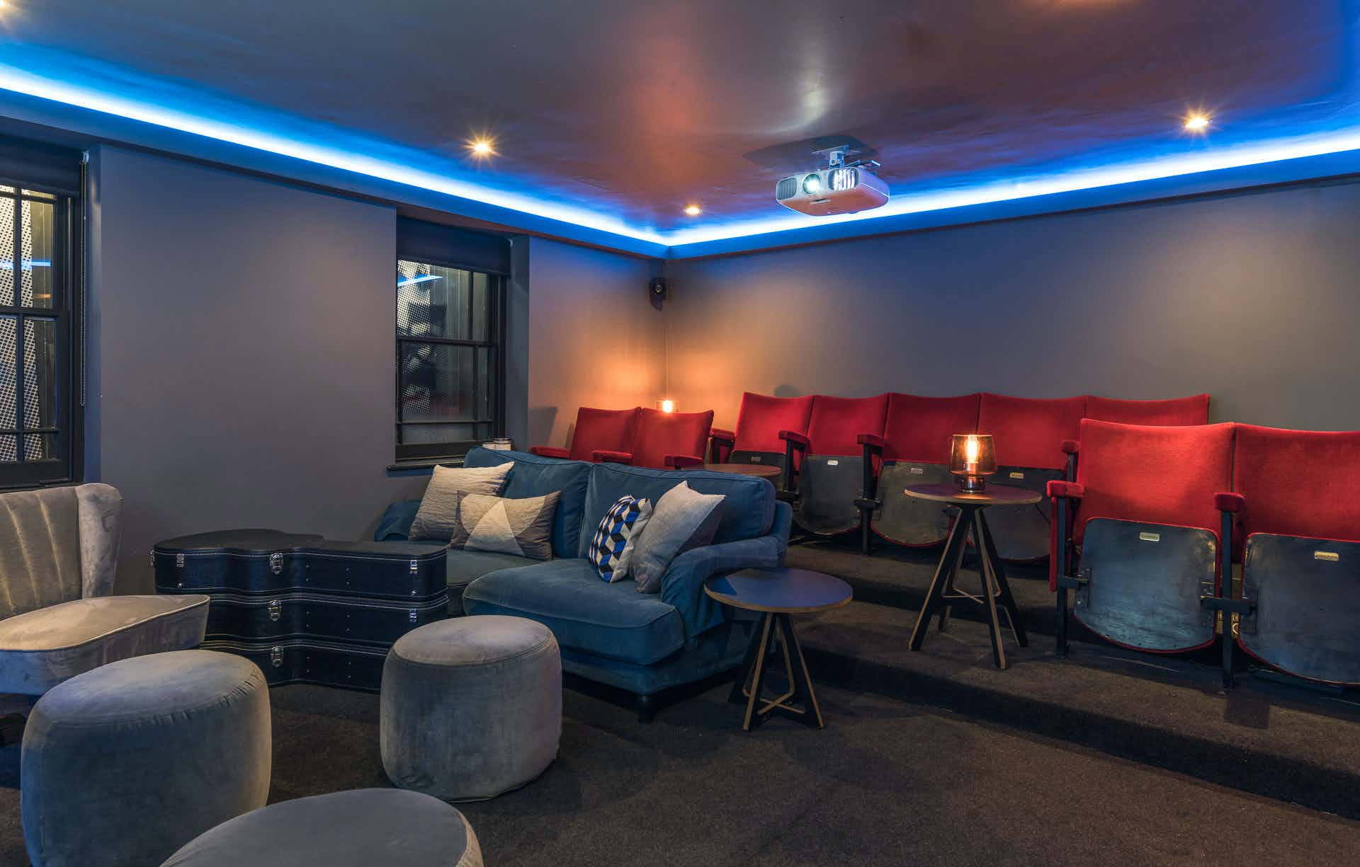 The Cinema Screening Room, Club 16
