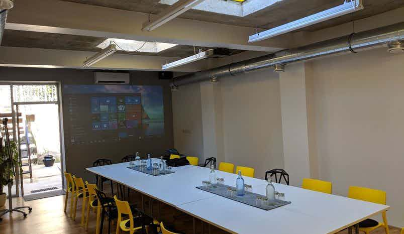 Conference Room, clueQuest