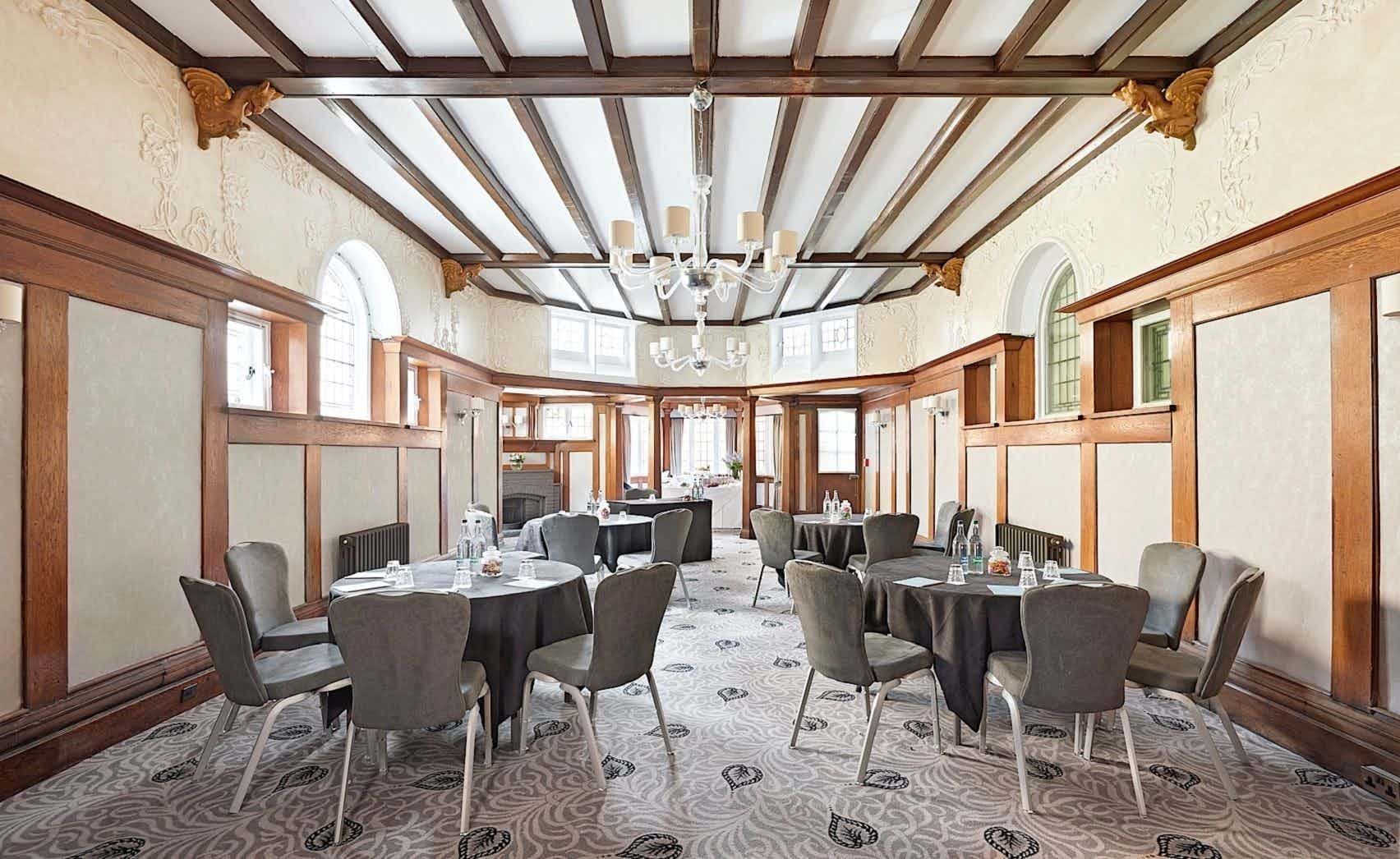 Oak, Richmond Hill Hotel