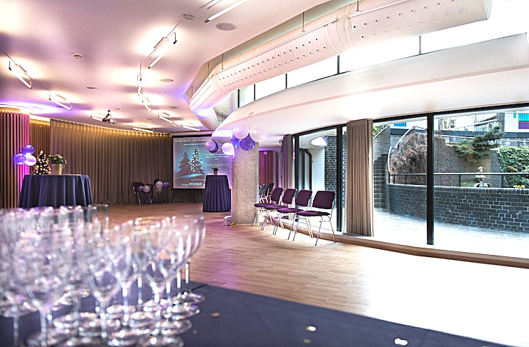 Garden Room **The Garden Room can be hired for both daytime and evening events. Host your next corporate event in this iconic London venue!**   The Garden Room has a capacity of up to 70 delegates. It can be used as a breakout room for the Terrace Gallery, or a separate catering area.. It can be used as a venue in its own right for smaller dinners up to 60 guests.  As part of Conference News' Meet Out to Help Out initiative, we're offering 20% off meeting room hire for events booked at the Museum of London in October 2020 – February 2021.