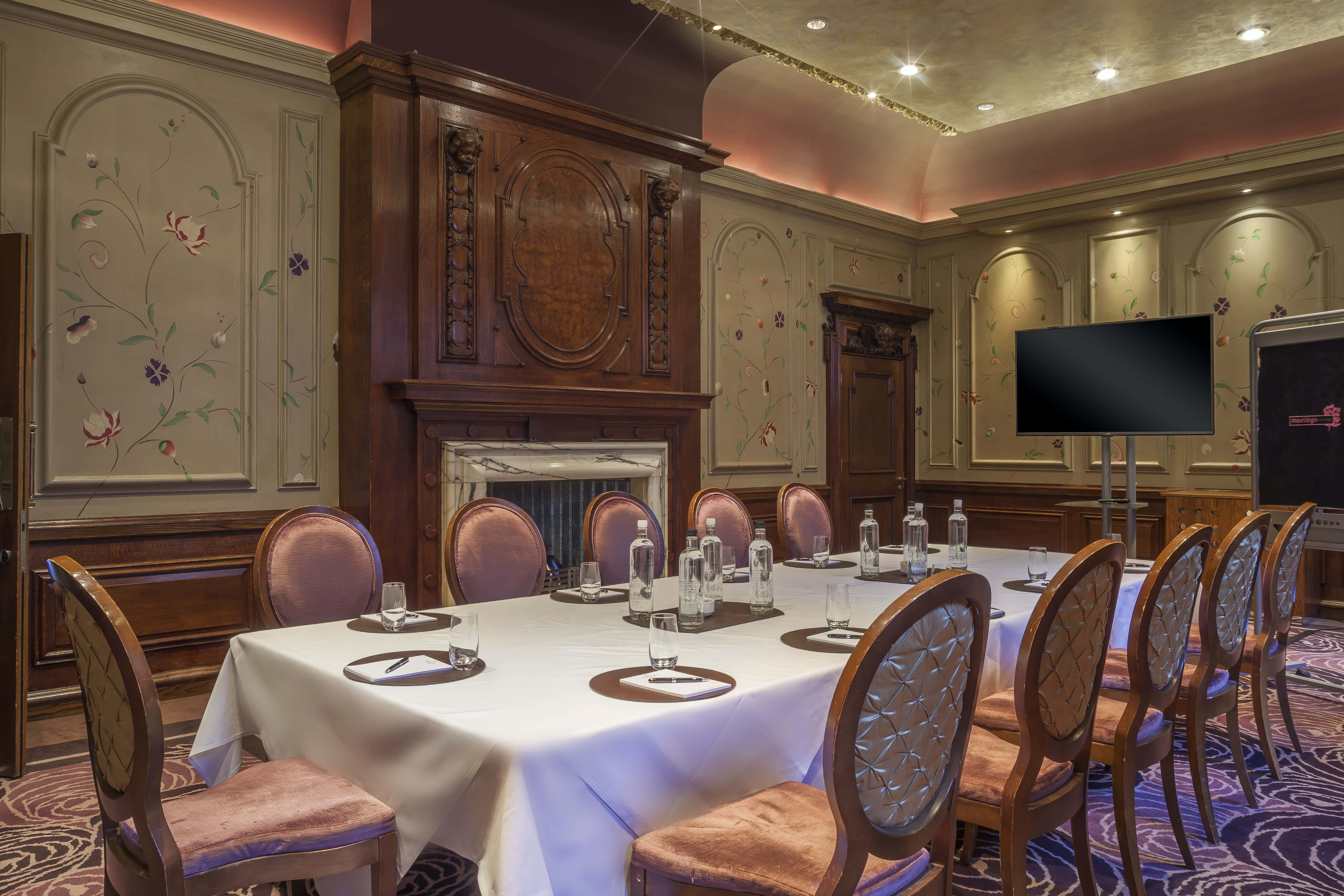 The Eden - Meetings and Private Dining , The Roseate Reading