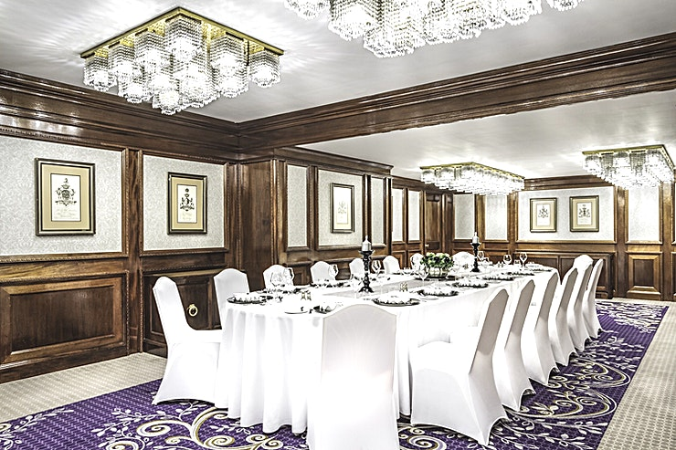 Edwardian II **Hire Edwardian II at St James' Court, A Taj Hotel for one of the best options for venue hire London has to offer!** 