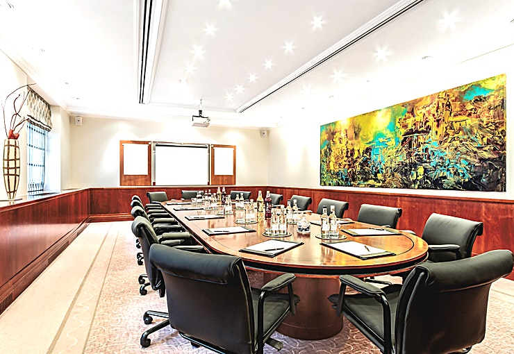 Executive Boardroom **Hire the Executive Boardroom at St James' Court, A Taj Hotel for your next meeting room hire in Westminster.** 