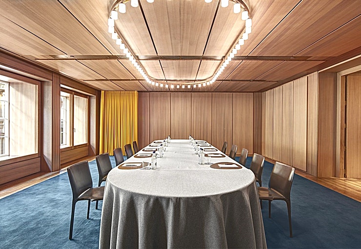 Mayfair **Hire the Mayfair Room at Hotel Café Royal for a great venue hire in London.**   Event venues seamlessly blend the grandeur of Hotel Café Royal with modern technology and comfort.  All meetings and