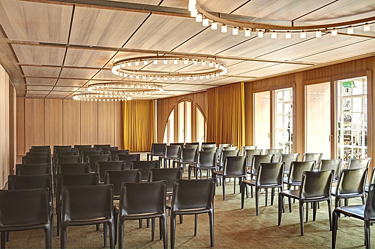 Queensberry **Queensberry Suite is a generous space spanning the bottom sweep of Regent Street.** 