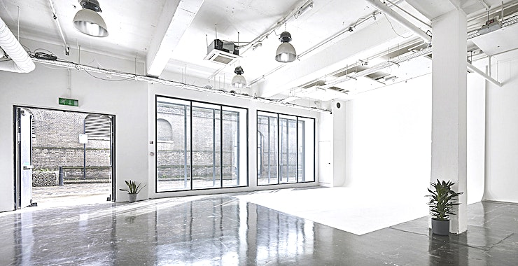 White Studio **The White Studio in Studio Spaces E1 is an unusual venue hire in London, which could be hired to use as a meeting space, conference venue, photoshoot location or for away days or parties.**