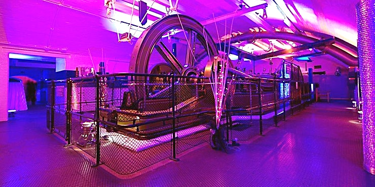 Engine Rooms Housing the original and immaculate, coal driven engines that were once used to power the bridge lifts; the impressive Victorian Engine Rooms provides you with one of the most unique venues in London. If you are looking for an impressive setting for events that require the wow factor, the Engine rooms certainly are authentic.