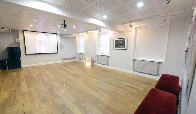 Gallery room, Pushkin House