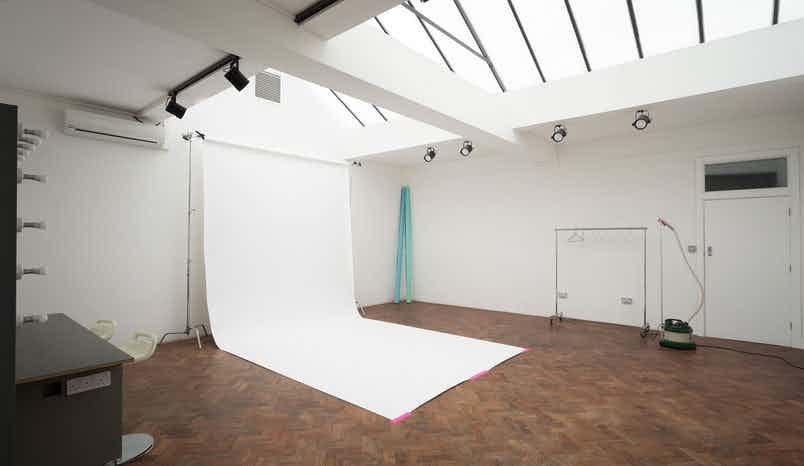 Studio B, Jump Studio