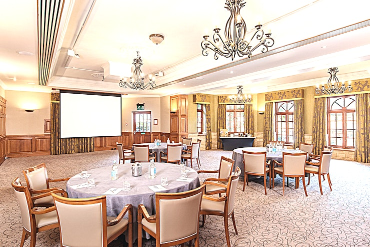 Windsor **Hire Windsor at Pennyhill Park for a fantastic countryside venue hire, just an hour outside of London**  Hire Windsor, a beautiful room situated on the lower ground floor with direct access outsid