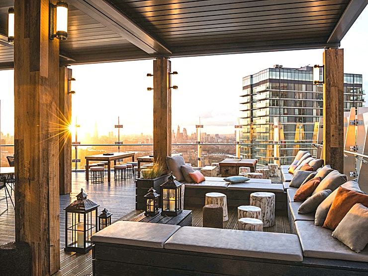 Bokan 39 **Hire Bokan 39 at Novotel London Canary Wharf for a fantastic venue hire in London for private parties and company celebrations.**  Bokan 39 is a breathtaking bar situated on the top floor of the n