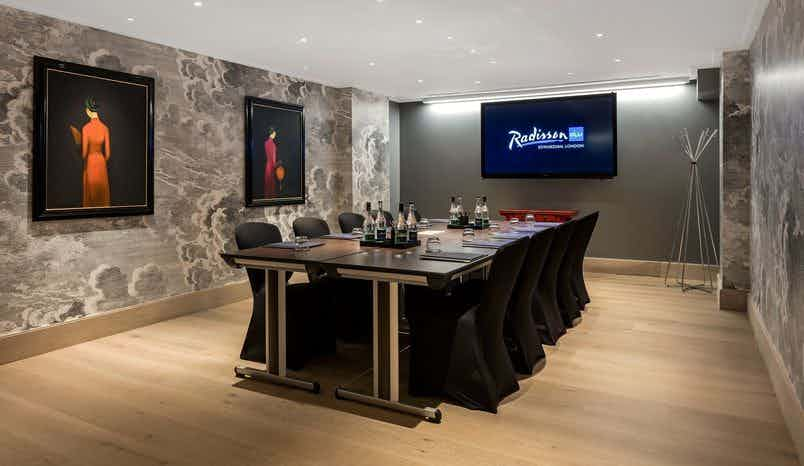 Private Suite 1, Radisson Blu Edwardian, Hampshire
