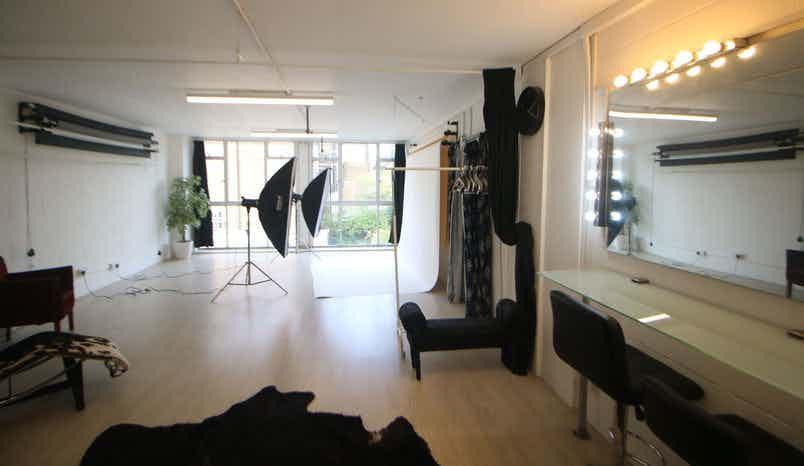 Boutique Photography Studio, Captured Studio