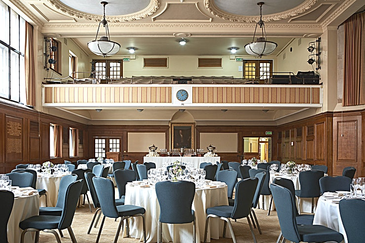 Hoare Memorial Hall  **For a central London meeting Space suited perfectly to the corporate commuter, the Hoare Memorial Hall at Church House Westminster is for you**  The Hoare Memorial Hall is situated within Church H