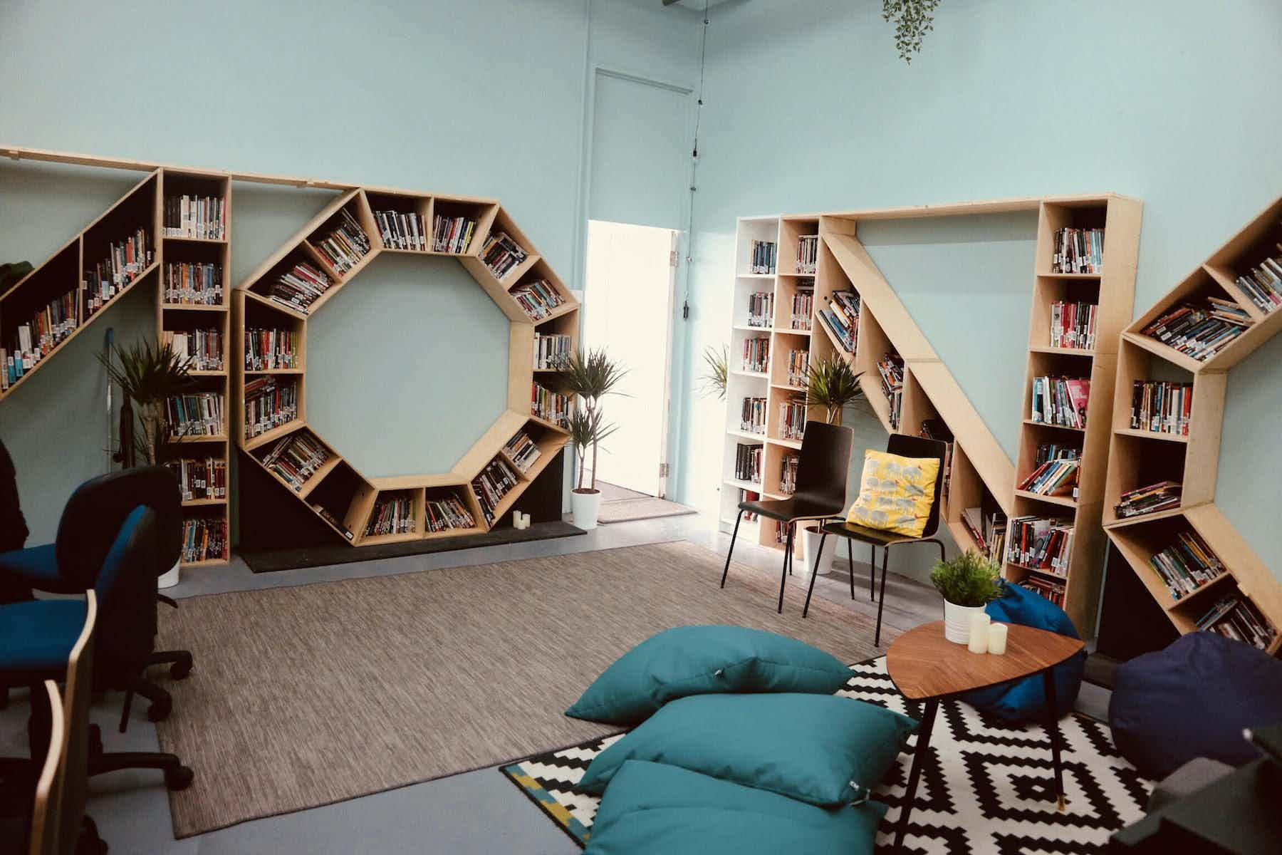 The Library/Green Room, The Mono Box