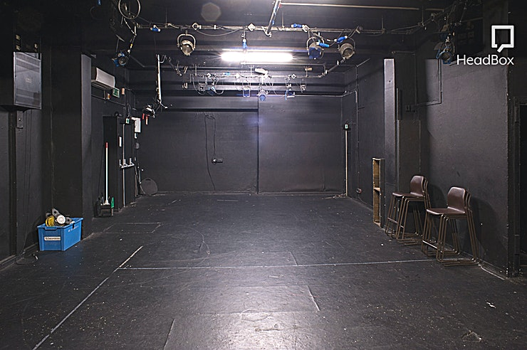 Theatre Space We have five studio spaces, including a studio theatre with full lighting deck and air conditioning. All studios are available for hire day and evening, seven days a week, whenever they are not in use by us. There are various common areas throughout the school, including an outdoor smoking area, which can be used by all hirers to relax in during breaks.